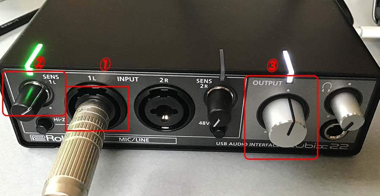 Roland Rubix22前面パネル